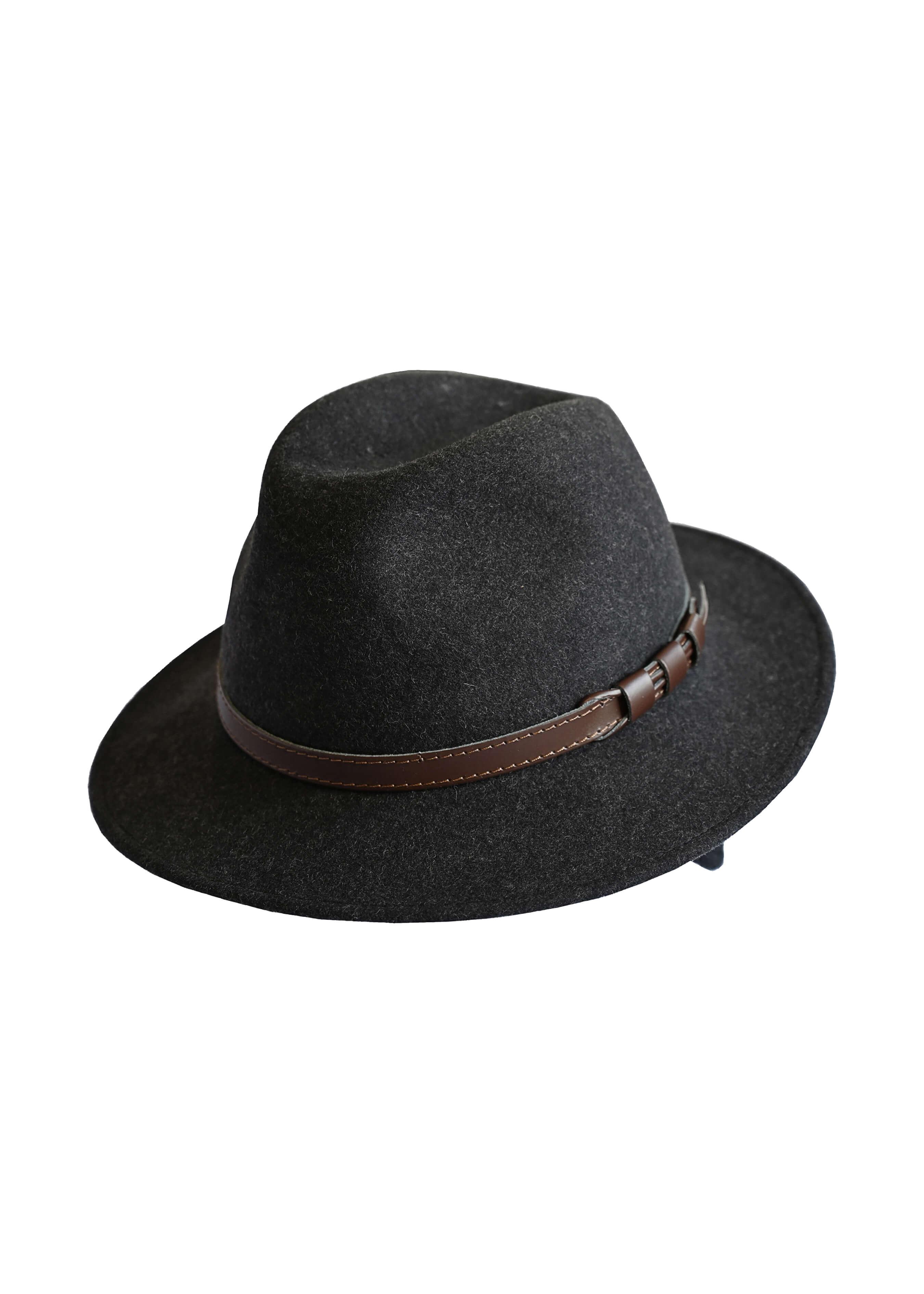 Chapeau en feutrine avec protection d'oreilles 26471255 1